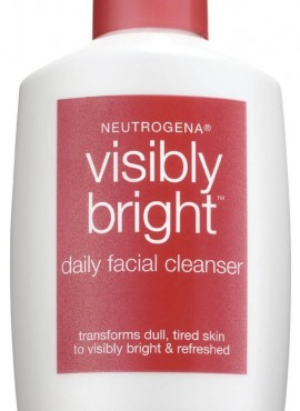 NEUTROGENA VISIBLY BRIGHT CLE.
