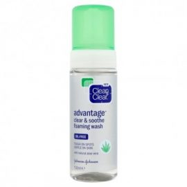 Clean & Clear Advantage Clear & Soothe Foaming Wash –